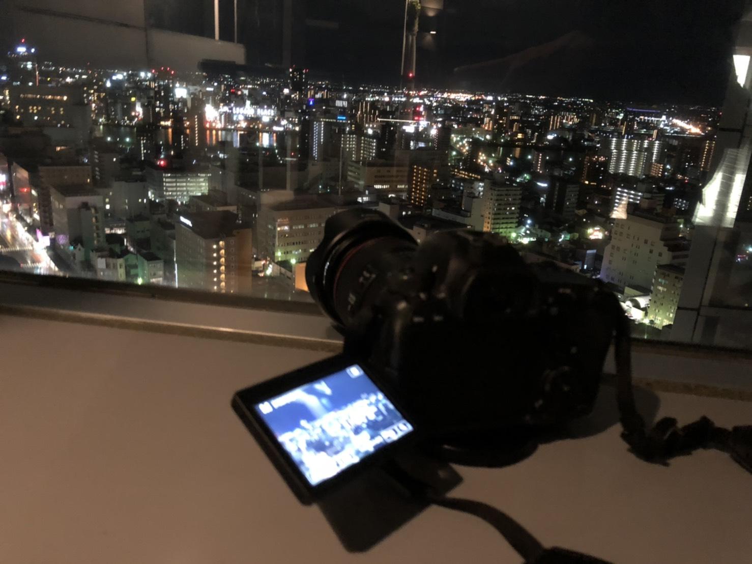 ビル夜景のためカメラを設置