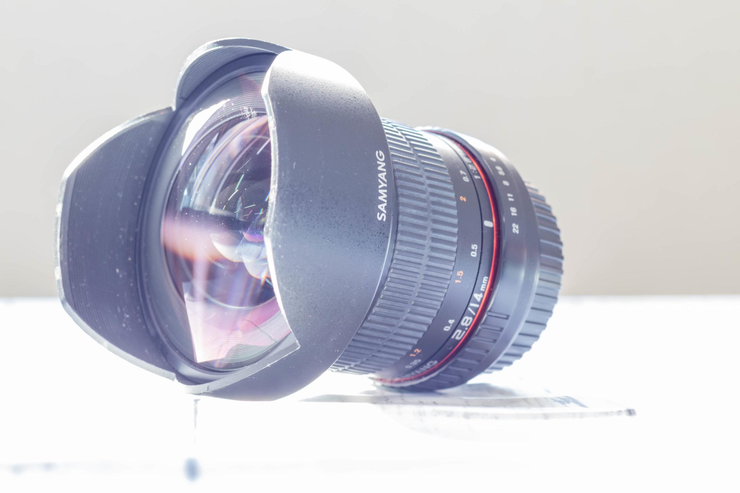 SAMYANG 14mm F2.8 全体