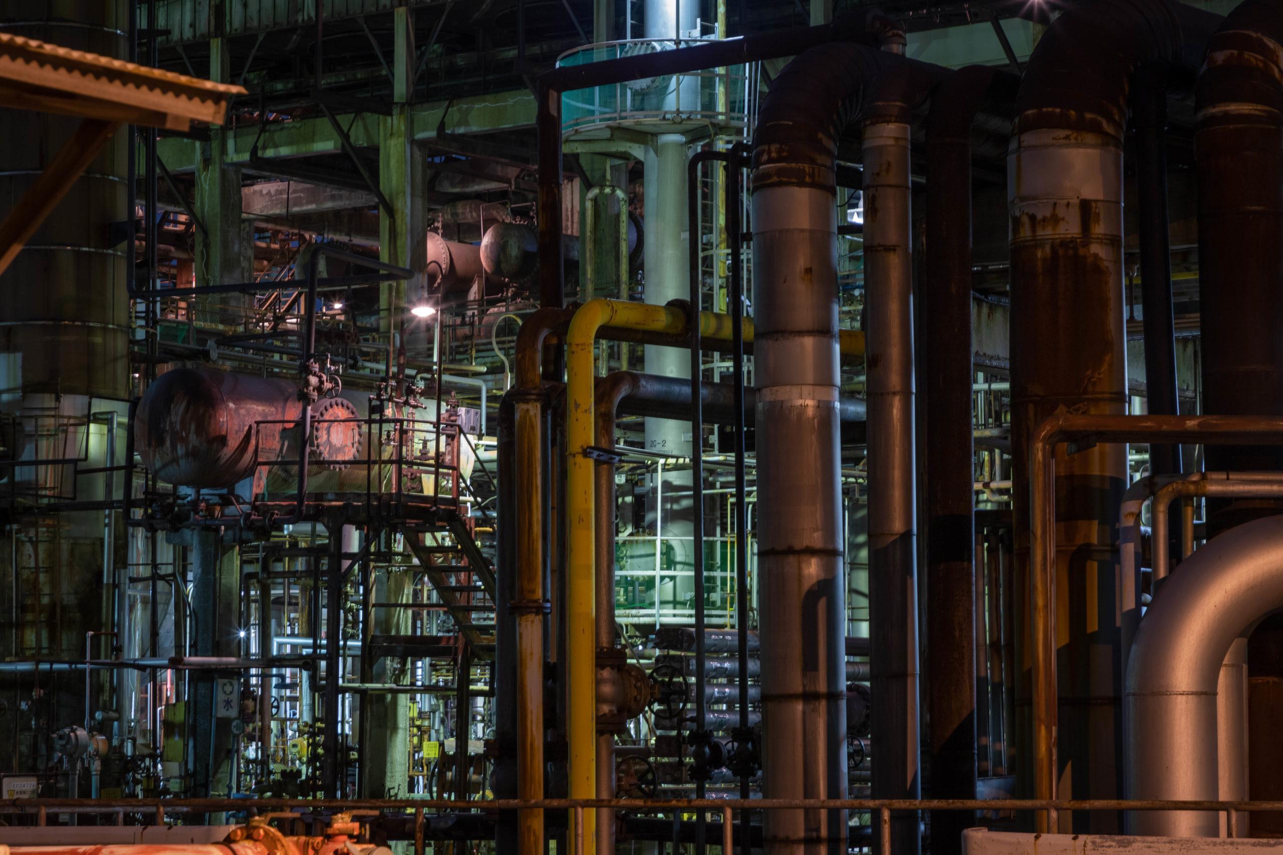 工場の配管